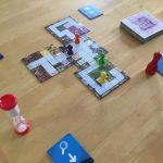 会話禁止だけど盛り上がる!協力型ボードゲーム「マジックメイズ」レビュー