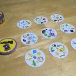 子どもから大人まで楽しめる、世界的に人気のボードゲーム「ドブル」レビュー!